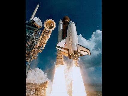 atlantis-liftoff